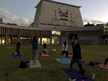 yoga_y4.jpg